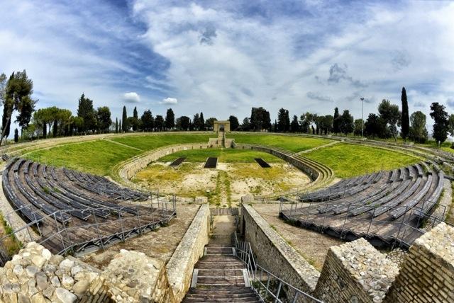 Lucera-Anfiteatro-Romano-2